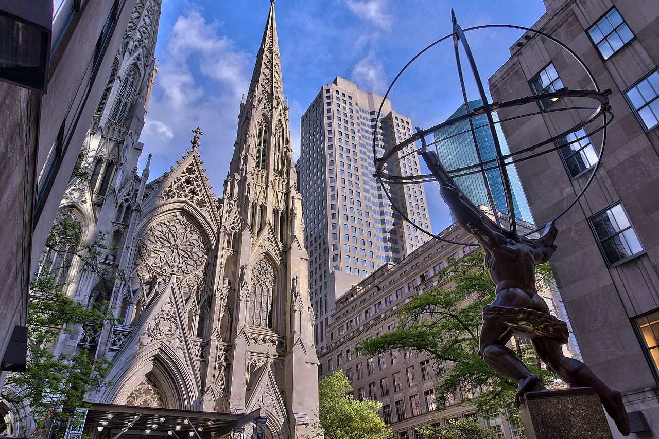 1_2_St_Patrick_Cathedral_-_Facade_and_Atlas
