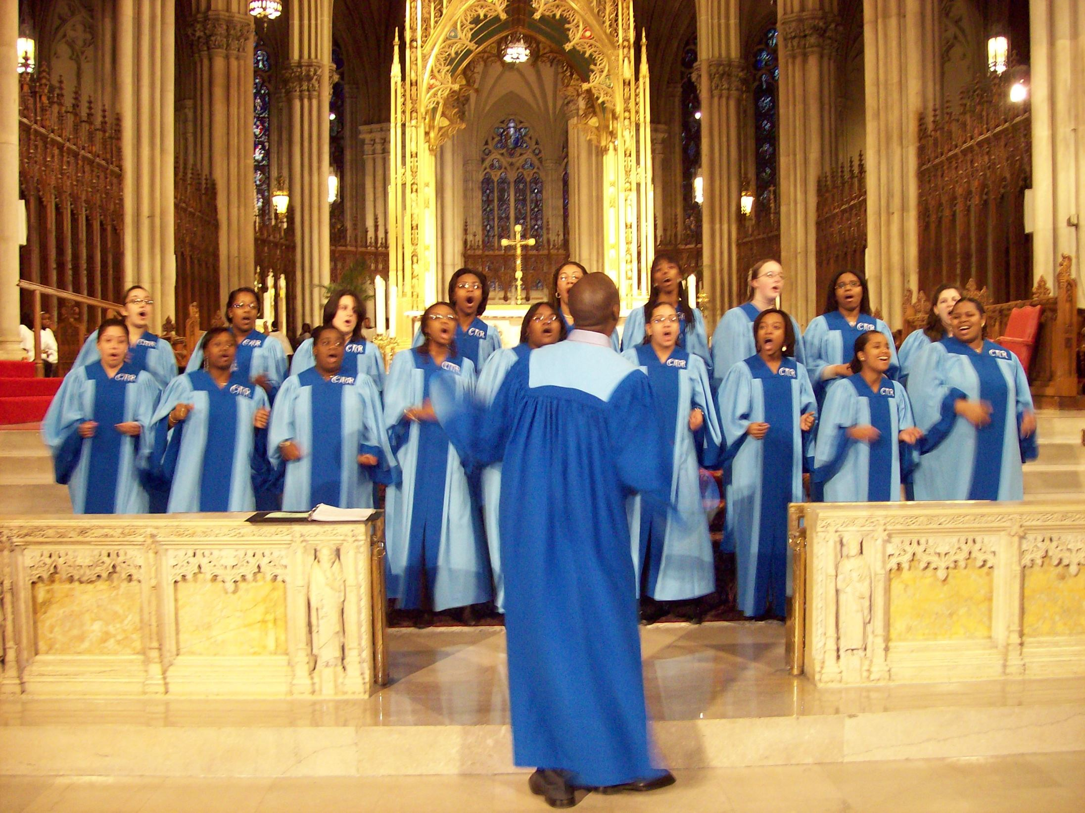 2_1_new_york_gospel-choir